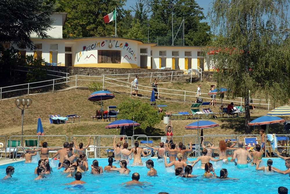 Le piscine lama mocogno modena bimbi - Piscina dogali modena ...